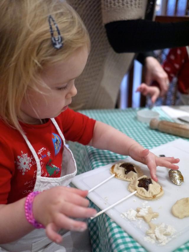 mince pie pop making at crafty chefs